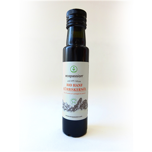 Organic hemp seed and pumpkin seed oil