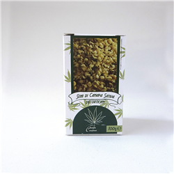 Dehulled hemp seeds
